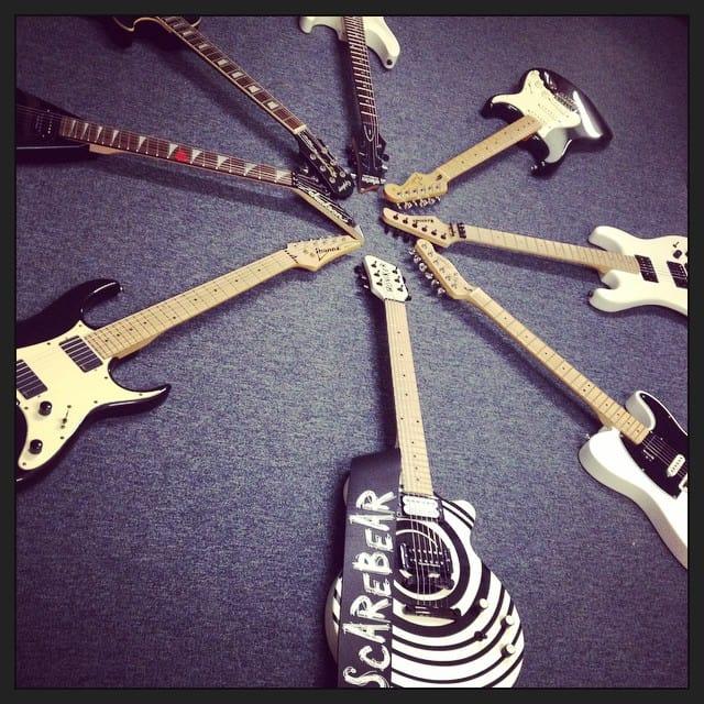 Wheel of guitars